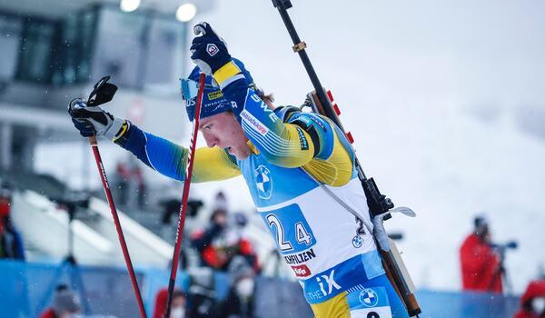 Sebastian Samuelsson förde upp Sverige från elfte till sjunde plats på stafetten i Oberhof. FOTO: Jasmin Walter, Gepa Pictures/Bildbyrån.