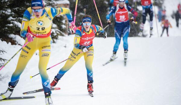 Hanna Öberg och Mona Brorsson blev trea och femma på masstarten i Oberhof. FOTO: Jasmin Walter, Gepa Pictures/Bildbyrån.