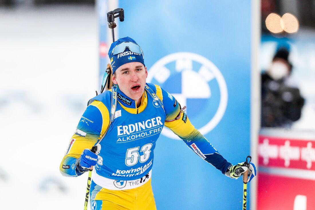 Martin Ponsiluoma åkte in som sexa på distansloppet i Antholz trots två bommar. FOTO: Kalle Parkkinen/Bildbyrån.