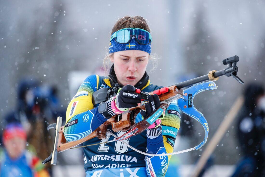 Elvria Öberg hade det tufft på skjutvallen under stafetten i Antholz. FOTO: Jasmin Walter, Gepa Pictures/Bildbyrån.