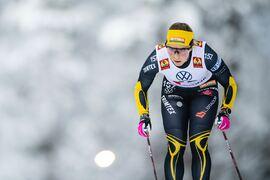 Johanna Hagström går ut med nummer 1 på sprintprologen vid SM i Borås på onsdagen. FOTO: Johanna Lundberg/Bildbyrån.