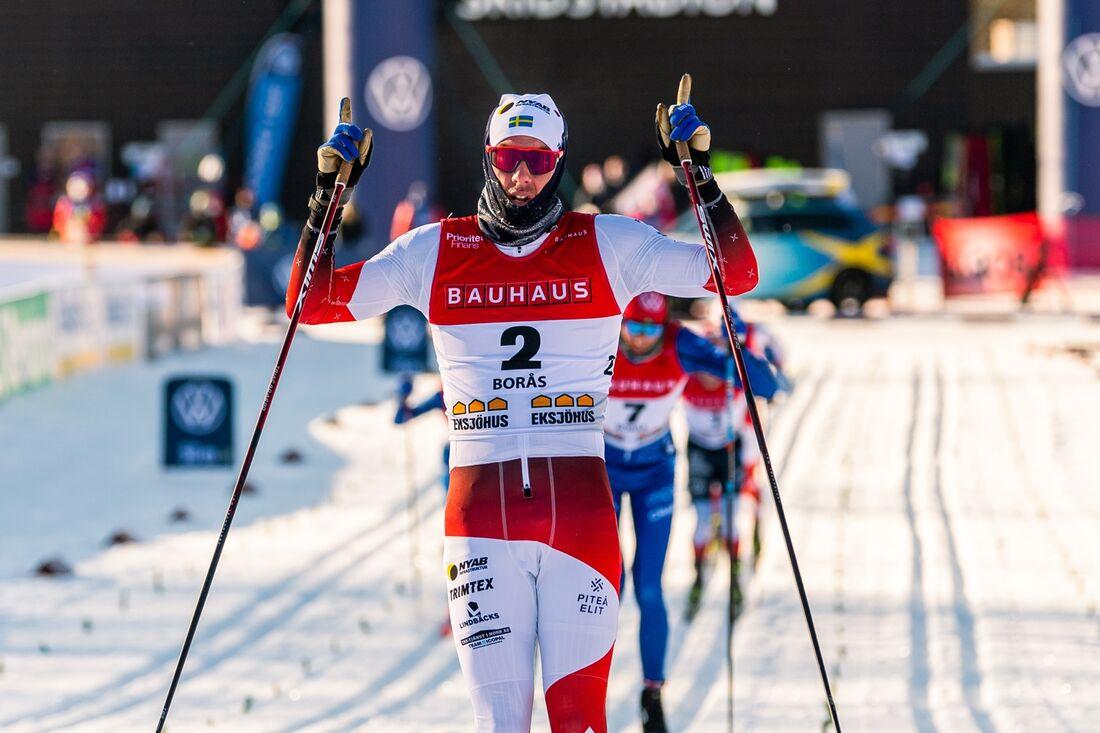 Johan Häggström spurtade hem guldet på SM-tremilen på torsdagsförmiddagen. FOTO: Mathias Bergeld/Bildbyrån.