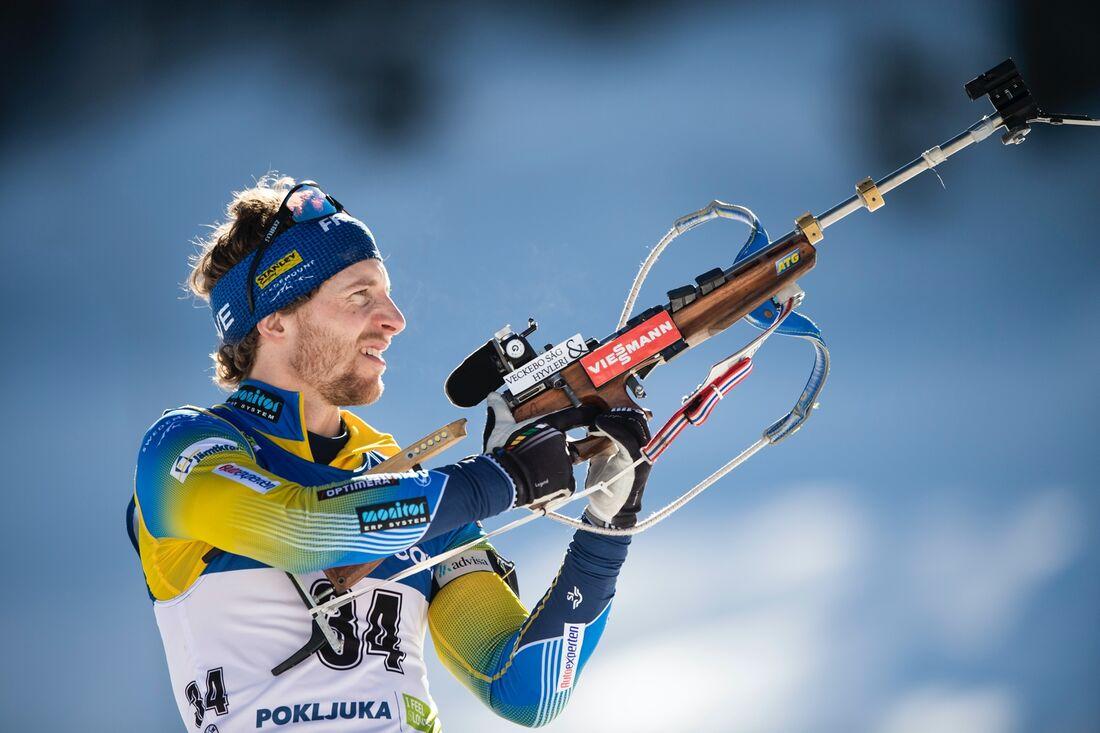 Peppe Femling sköt full på distansloppet vid VM i Pokljuka och det räckte till en 15:e plats. FOTO: Joel Marklund/Bildbyrån.