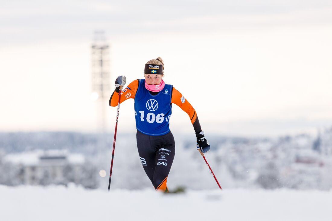 Louise Lindström vann 10 kilometer klassisk stil vid Volkswagen cup i Boden på lördagen. FOTO: Johan Axelsson/Bildbyrån.