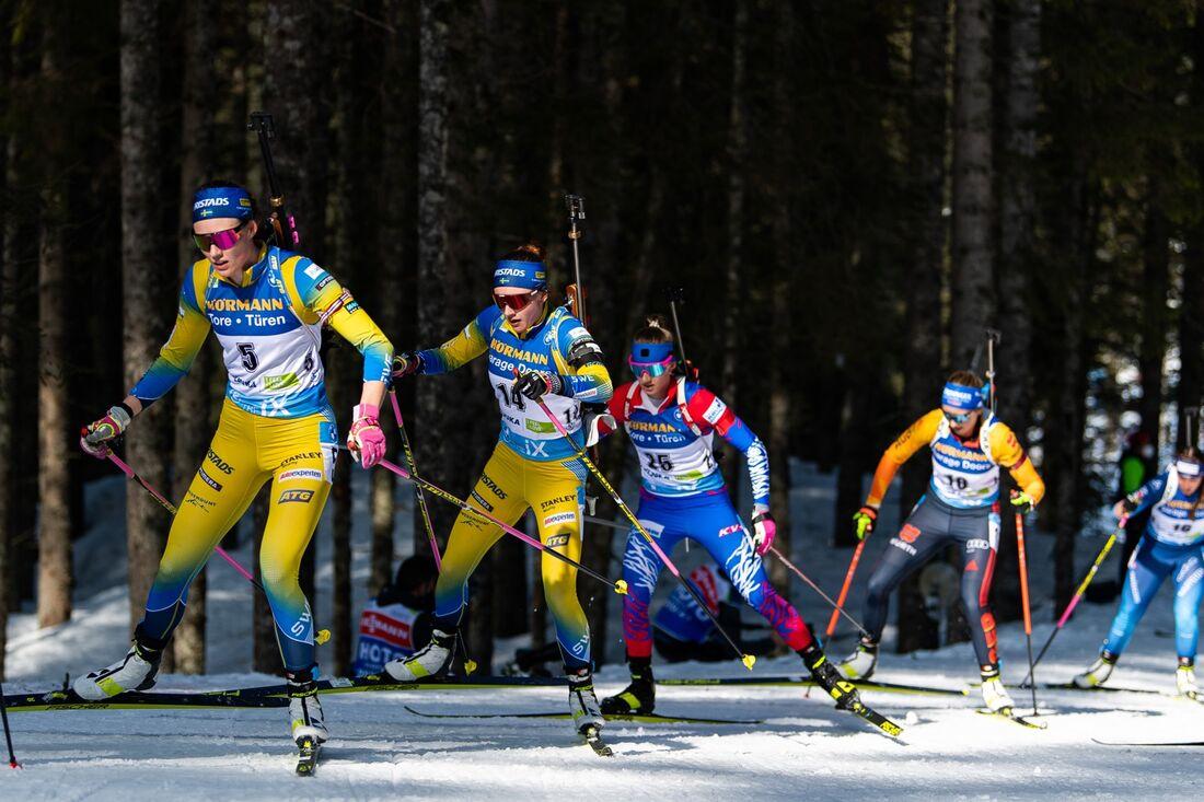 Hanna Öberg blev sjua och Linn Persson elva på masstarten vid VM i Pokljuka. FOTO: Joel Marklund/Bildbyrån.