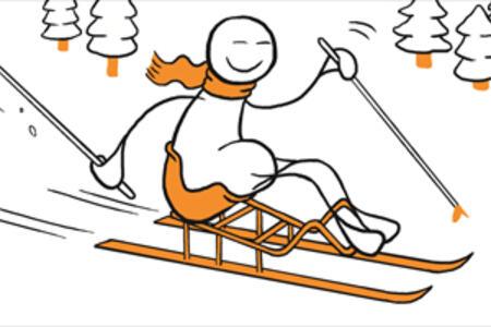 Illustrasjon av en blid figur som kjører sittende på ski
