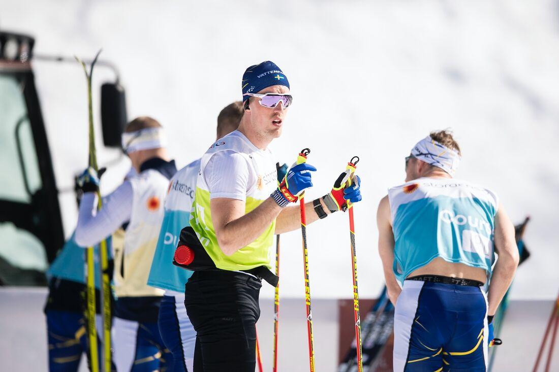 Calle Halfvarsson åker med nummer 20 på nummerlappen på lördagens VM-lopp i skiathlon. FOTO: Johanna Lundberg/Bildbyrån.