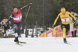 Lina Korsgren spurtade till seger i Tjejvasan precis före Britta Johansson Norgren. FOTO: Vasaloppet.