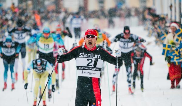 Det kommer att bli ett sent beslut om det blir start på Vasaloppet för nionde året i rad för 2018 års vinnare Andreas Nygaard. FOTO: Visma Ski Classics/Magnus Östh.