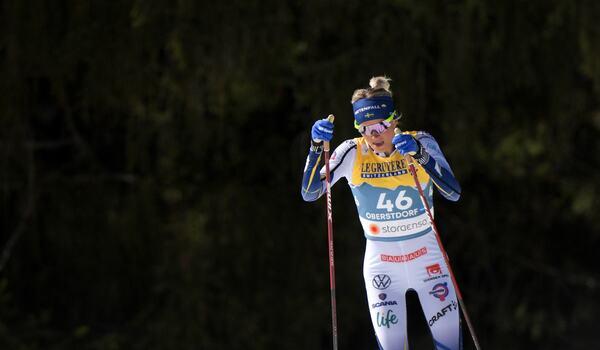 Frida Karlsson går för en ny medalj på VM-tremilen i morgon. FOTO: Johanna Lundberg/Bildbyrån.
