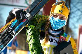 Lina Korsgren efter sin tredje seger i Vasaloppet på nya rekordtiden 3:52:08. FOTO: Visma Ski Classics/Magnus Östh.