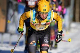 Lina Korsgren utmanades av Marit Björgen men stod emot och vann sin tredje Vasaloppsseger. FOTO: Visma Ski Classics/Magnus Östh.