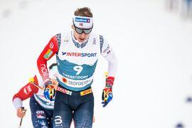 Simen Hegstad Krüger vann masstarten över fem mil i Engadindalen. FOTO: Johanna Lundberg/Bildbyrån.