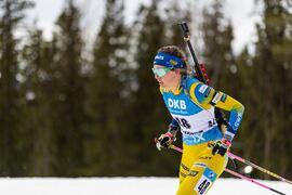 Elvira Öberg blev 16:e på jaktstarten i Östersund som bästa svenska placeringen före Mona Brorsson. FOTO: Joel Marklund/Bildbyrån.