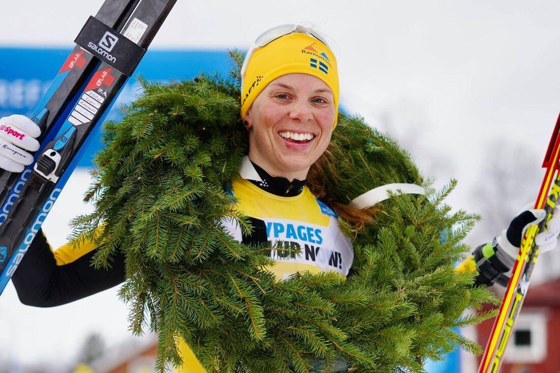 Lina Korsgren tog säsongen sjätte seger när hon vann Årefjällsloppet. Redan innan start var hon klar totalsegrare av Visma Ski Classics. FOTO: Visma Ski Classics/Magnus Östh.