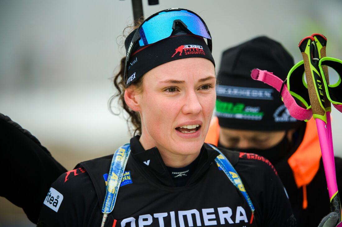 Hanna Öberg tog SM-guld på masstarten i Östersund på lördagen. FOTO: Fredrik Karlsson/Bildbyrån.