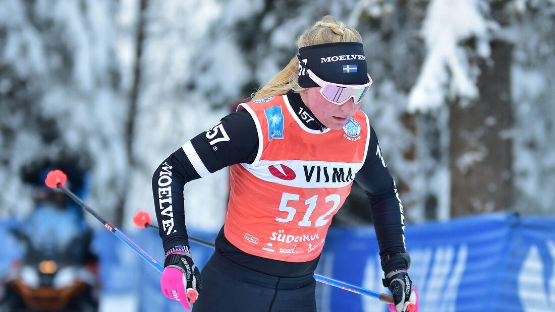 Elin Mohlin lägger skidorna på hyllan efter en stark säsong i Visma Ski Classics med topptioplaceringar i sju lopp. FOTO: Björn Reichert/Nordic Focus.