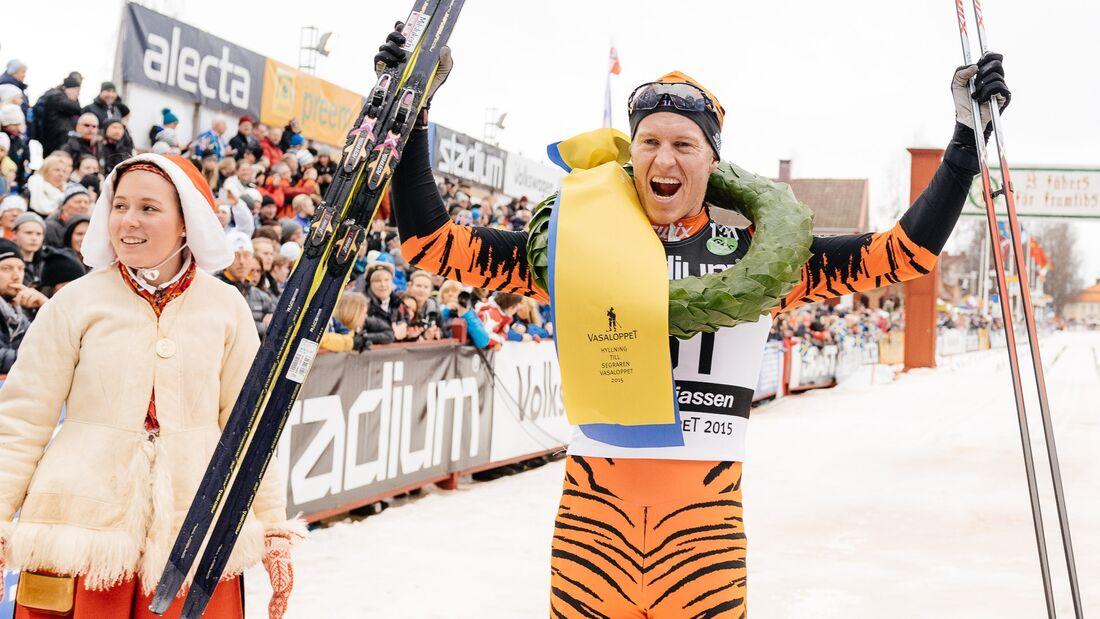 Petter Eliassen efter sin seger på Vasaloppet 2015. FOTO: Visma Ski Classics/Magnus Östh.