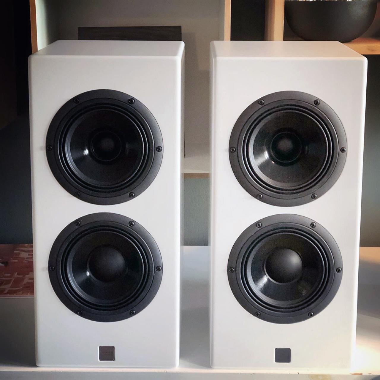 Sigberg Audio Par hvite .jpg