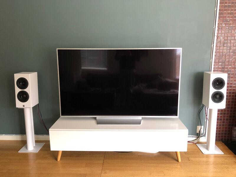 Front med TV