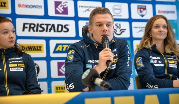 Skidskyttelandslagets huvudtränare Johannes Lukas har lagt träningsplanen inför vinterns OS i Peking. Här är Lukas med Linn Persson och Mona Brorsson. FOTO: Per Danielsson/Projekt.P.