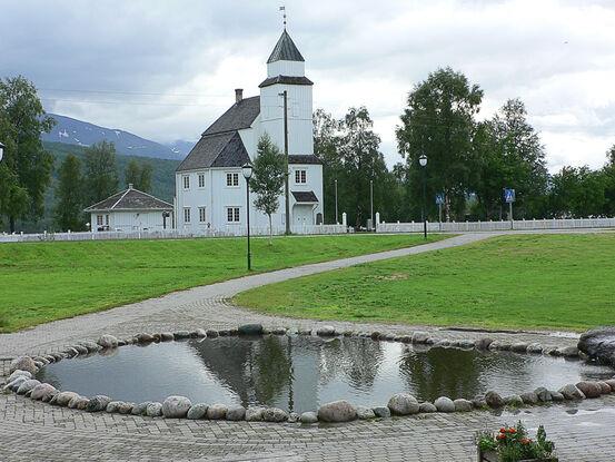 Bardu kirke
