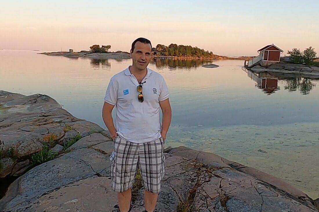 Idag startar Teemu Virtanen sitt rullskidäventyr från södra till norra Finland. Planen är att åka 16 mil om dagen under tio dagar.