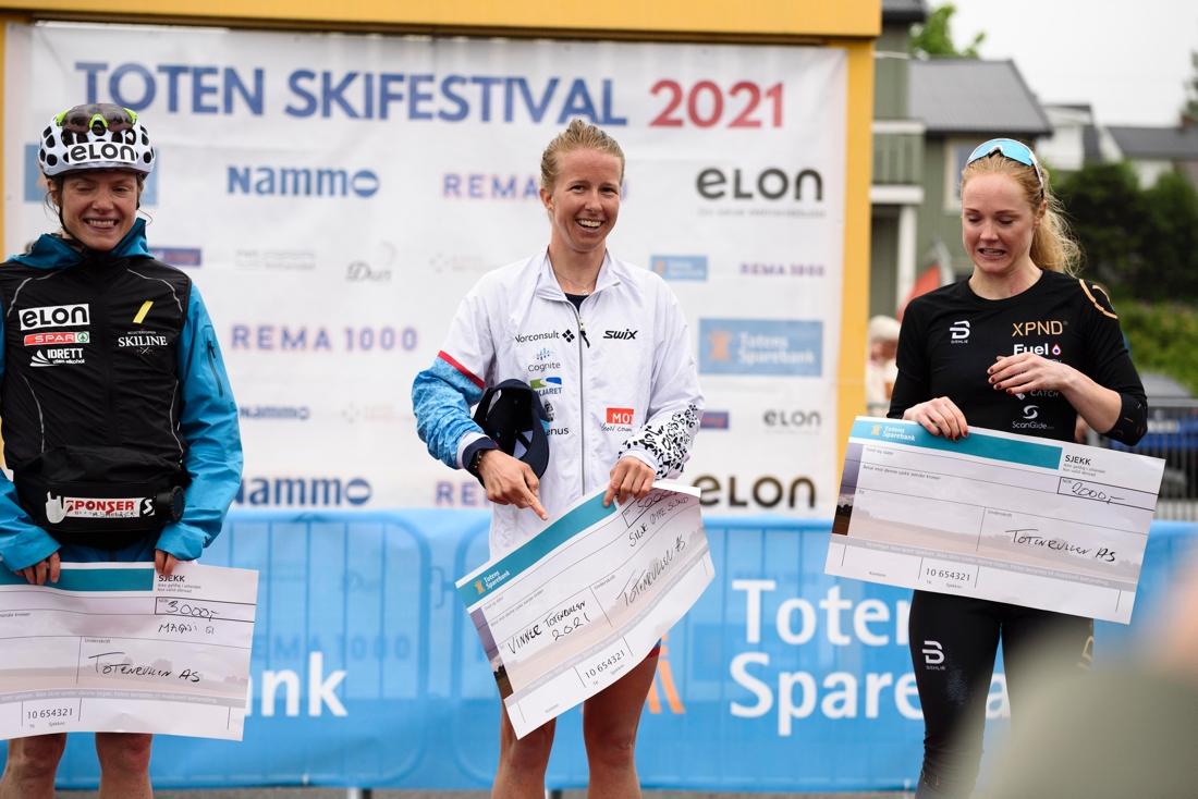 Magni Smedås, Silje Øyre Slind och Emilie Fleten. FOTO: Ådne Strandlie.