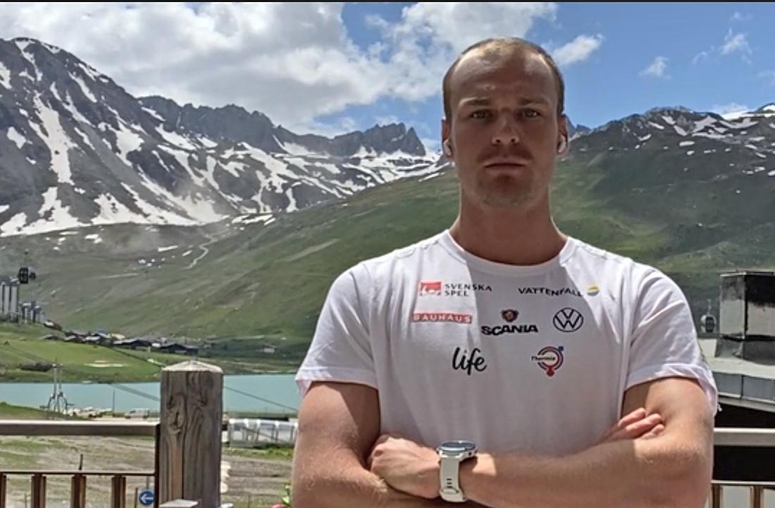 Marcus Grate trivs på läger med landslaget i franska Tignes.