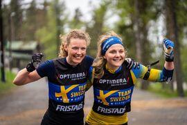 Hanna Öberg och Stina Nilsson ställer upp på Hemmavasan Trail 10 tillsammans med lagkompisarna i skidskyttelandslaget. FOTO: Niclas Olausson.