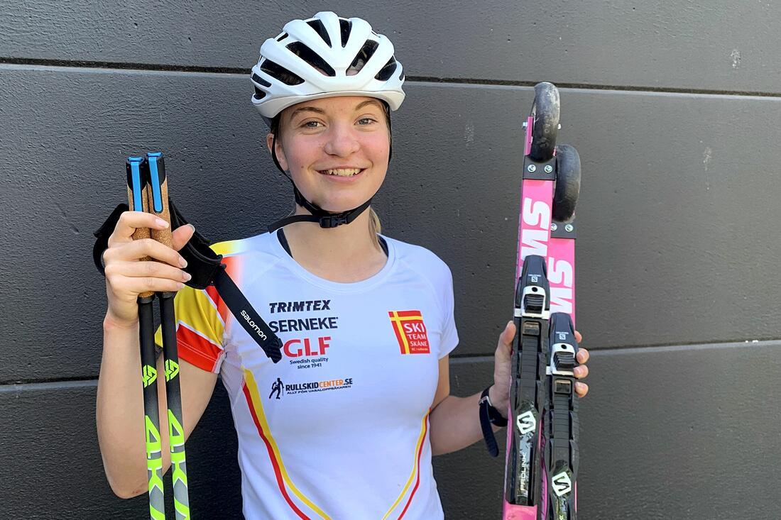 Ebba Johansson ser fram emot att träna mer på snö än med rullskidor de kommande åren. FOTO: Johan Trygg/Längd.se.