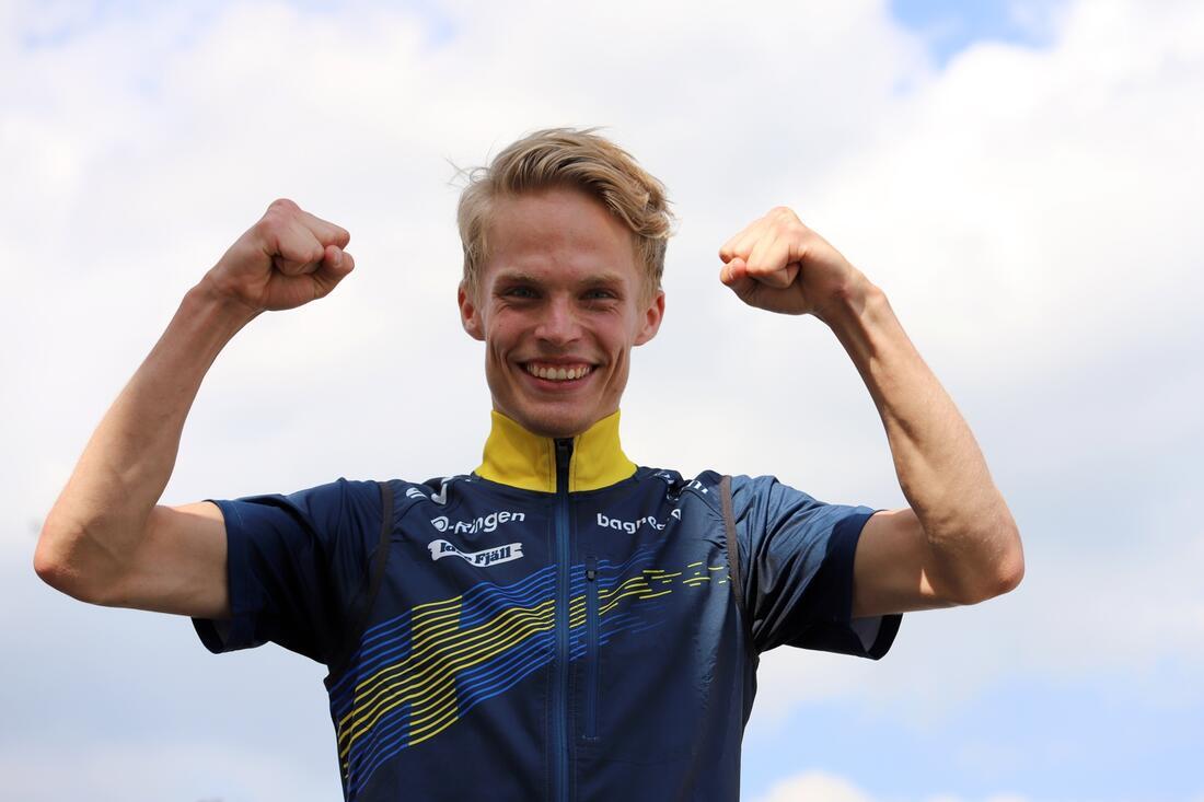 Sprintvärldsmästaren i orientering, Isac von Krusenstierna, slog idag William Poromaas rekordnotering på Hallstatestet. FOTO: Mårten Lång/Orienteringsmagasinet Skogssport.