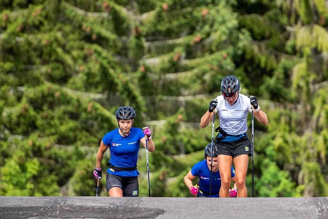 Söndag till söndag är längdlandslaget på plats i Torsby för träning och skidtester i skidtunneln. FOTO: Svenska skidförbundet.