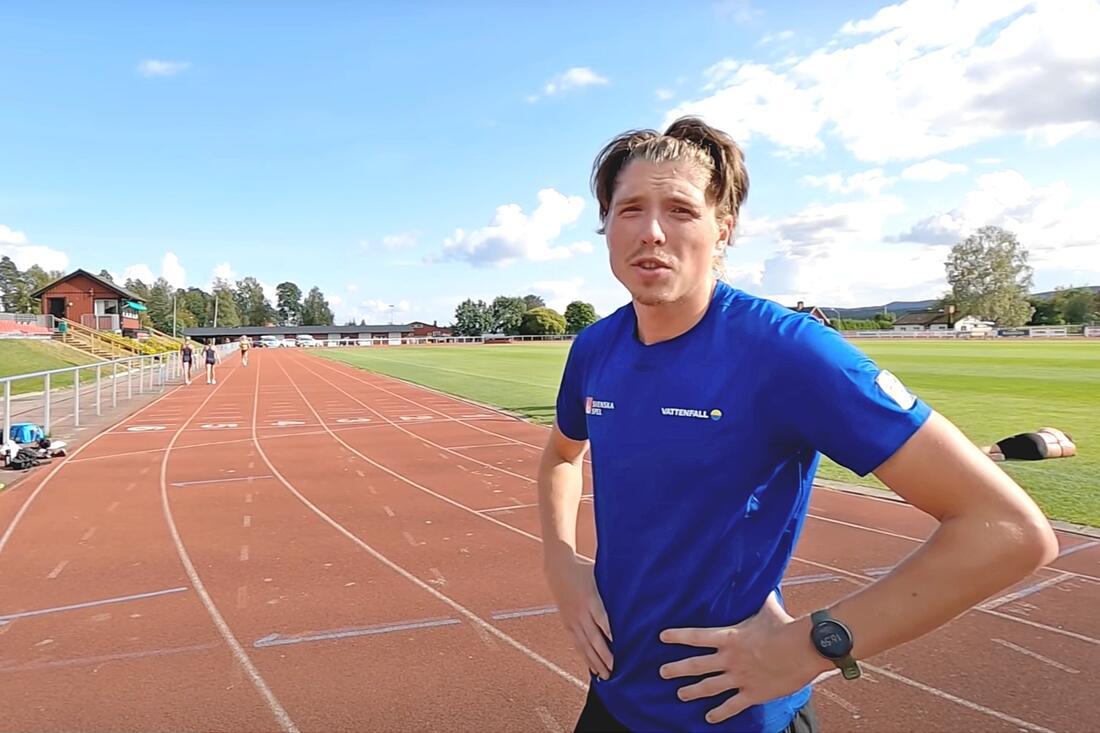 William Poromma var snabbast på landslagets 3000 meters-test i Torsby förra veckan. FOTO: Från Jens Burmans Youtube-Vlog.