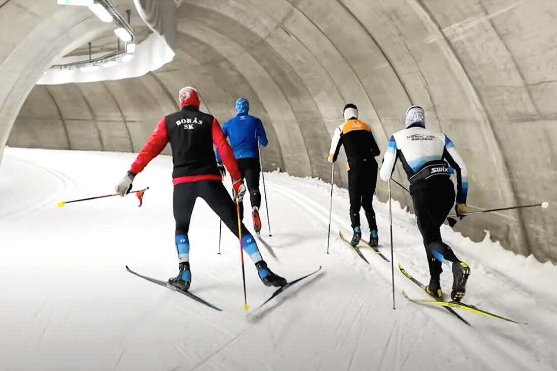 Långloppslaget Team Nordic Jobs Worldwide kände på snön i Torsby skidtunnel i förra veckan.