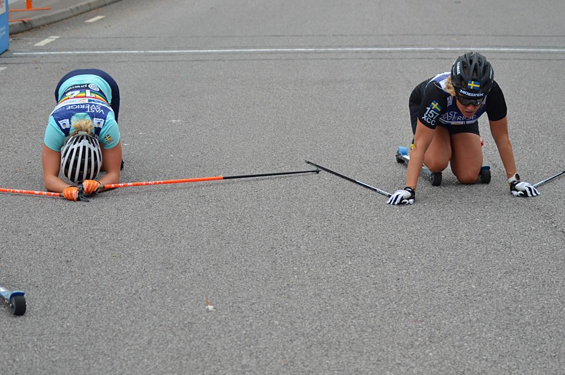 Ribom åkte upp Falk en halvminut och sen pressade de varandra stenhårt över mållinjen. FOTO: Johan Trygg/Längd.se.