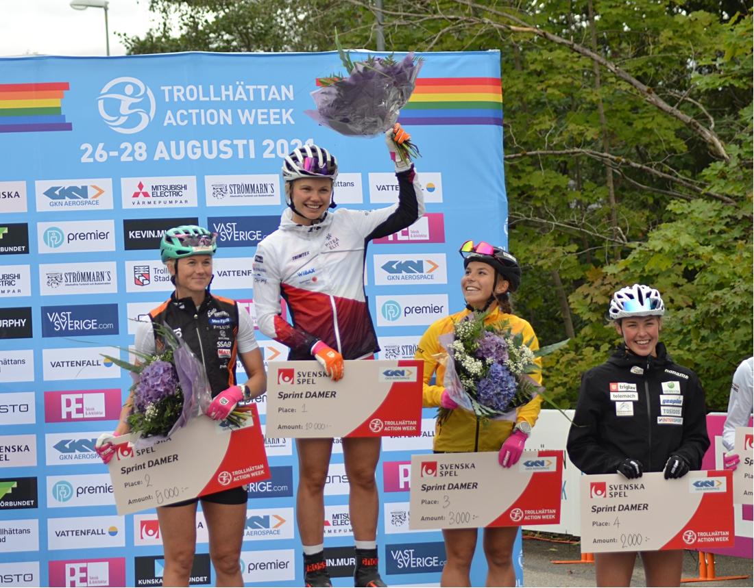 Damernas finalåkare, tvåan Maja Dahlqvist, vinnaren Emma Ribom, trean Johanna Hagström och fyra Anamarija Lampic. FOTO: Johan Trygg/Längd.se.