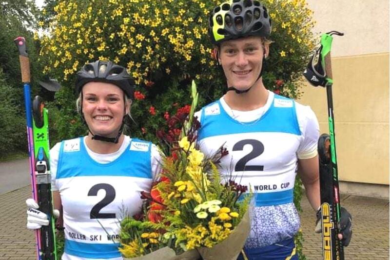 Jackline Lockner vann damseniorklassen och Harald Ekenberg tog en andraplats bland herrjuniorerna vid rullskidvärldscupen sprint i Lettland. FOTO: Svenska skidförbundet.
