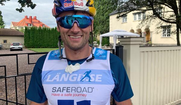 En nöjd och glad Petter Northug efter att ha blivit femma på Klarälvsloppet. FOTO: Johan Trygg/Längd.se.