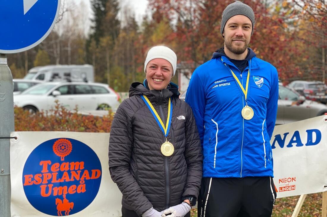 Malin Börjesjö och Daniel Holmgren var snabbast på 16 kilometer långa Team Esplanad-loppet. FOTO: Team Esplanad.