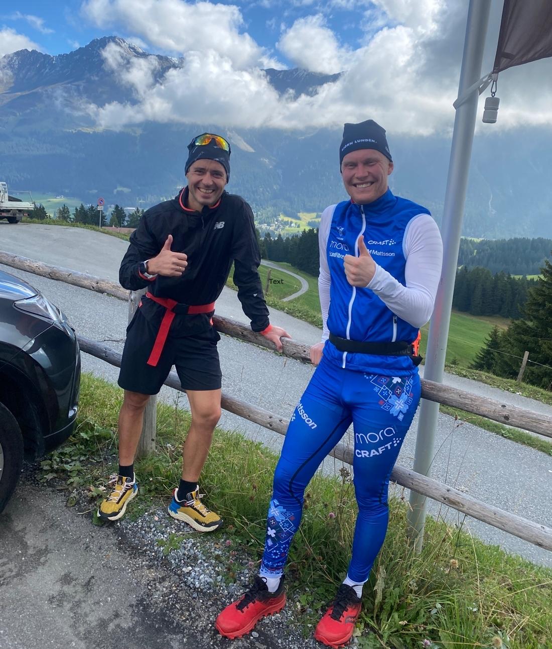Glada träningskompisar. Ilya Chernousov och Axel Ekström har tränat bra ihop i Schweiz den senaste tiden. FOTO: Privat.