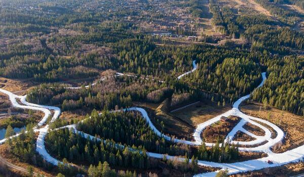 På lördag 30 oktober öppnar Trysil 6,5 kilometer längdspår med sparad snö från förra vintern. FOTO: Jonas Sjögren.