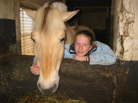 Hest og jente