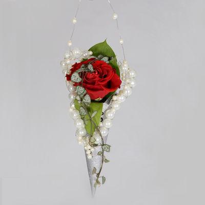 interflora_brudepike_rose_perler