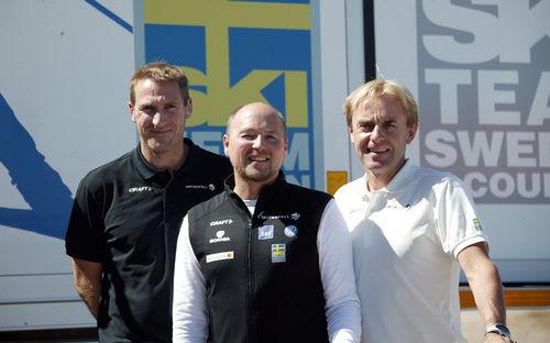 TRÄNARTRION fr v: Magnus Ingesson, Jocke Abrahamsson och Arild Monsen har tillsammans med U- och J-lagets Niklas Grön satt upp kriterierna för att få åka i landslaget i vinter. Foto: KJELL-ERIK KRISTIANSEN